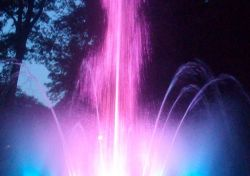 Pokazy Kolorowej Fontanny w Dusznikach Zdroju